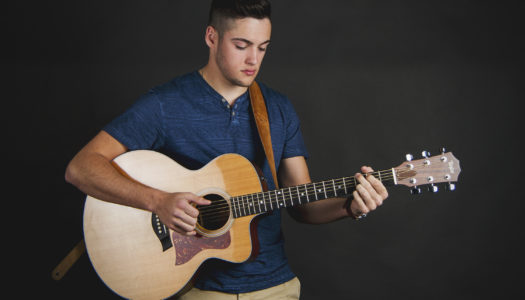 Garrett Jacobs Advances to Top 24 on 'American Idol'