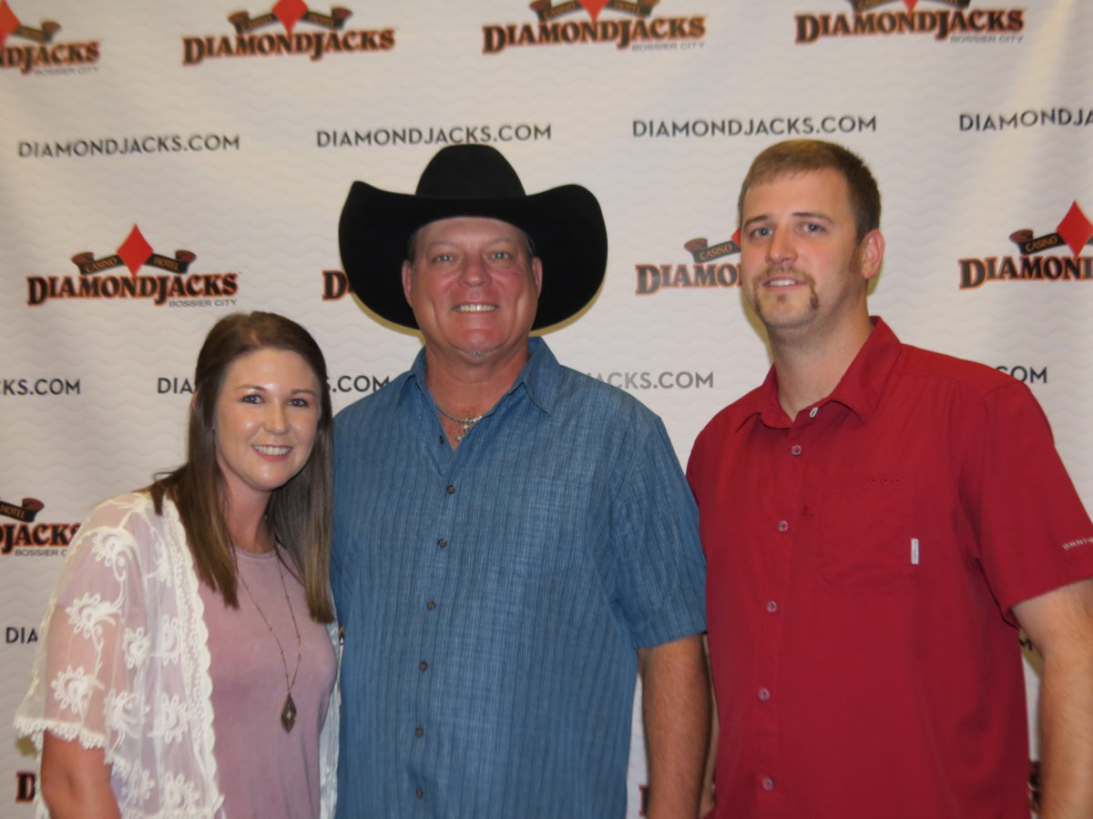 Eye on SB: John Michael Montgomery at DiamondJacks - SB Magazine