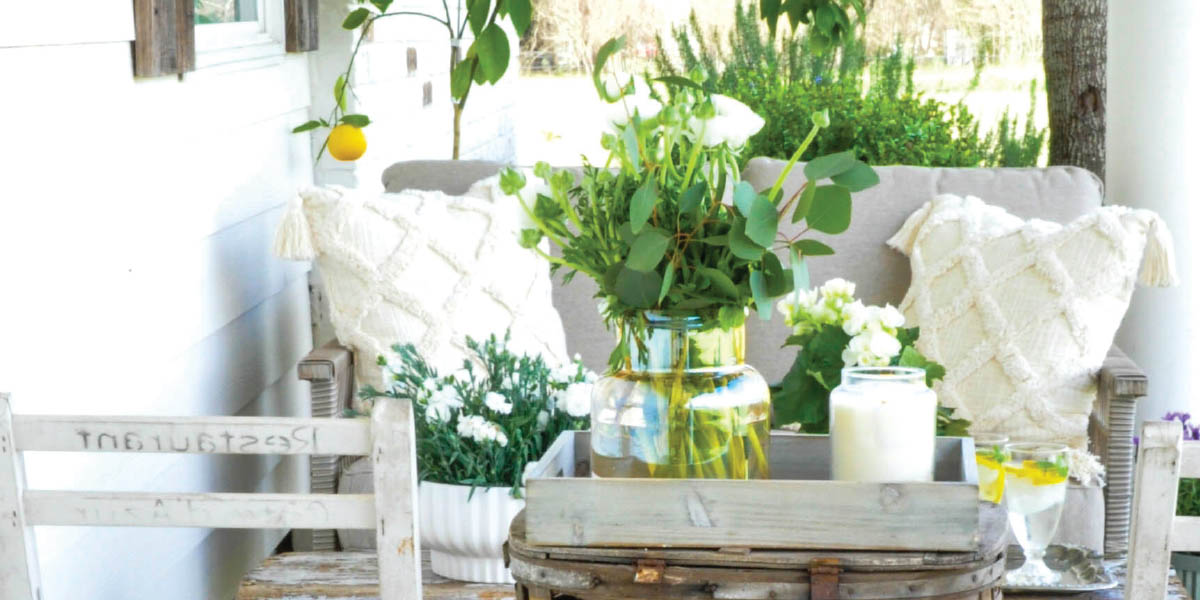 SB Magazine: The Season for Porch Sittin
